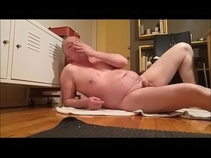 pissing girl video