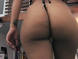Huge black tits and ass