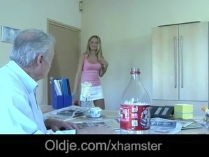 dirty latin maid blowjob video