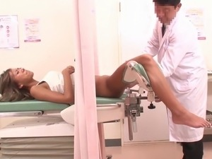 nude doctor exam suck video