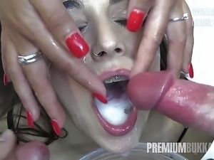 black bitch swallows jizz