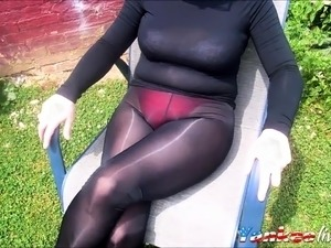 pictures of girls in tight spandex