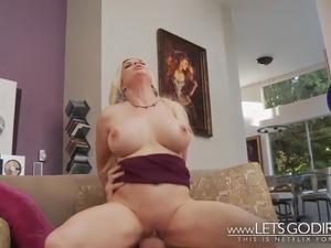 hardcore porn raw oil milf ass