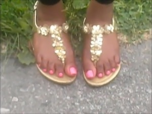 suck my sexy toes video