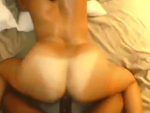 Asian ass shake