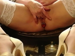 pussy and heels video