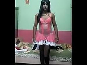 sissy teen crossdressing videos