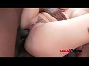 lesbian double fist in anal