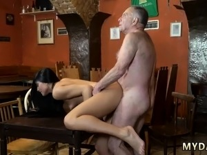 hairy pussy first time