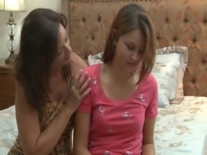 hardcore lesbian sex rubbing pussys together